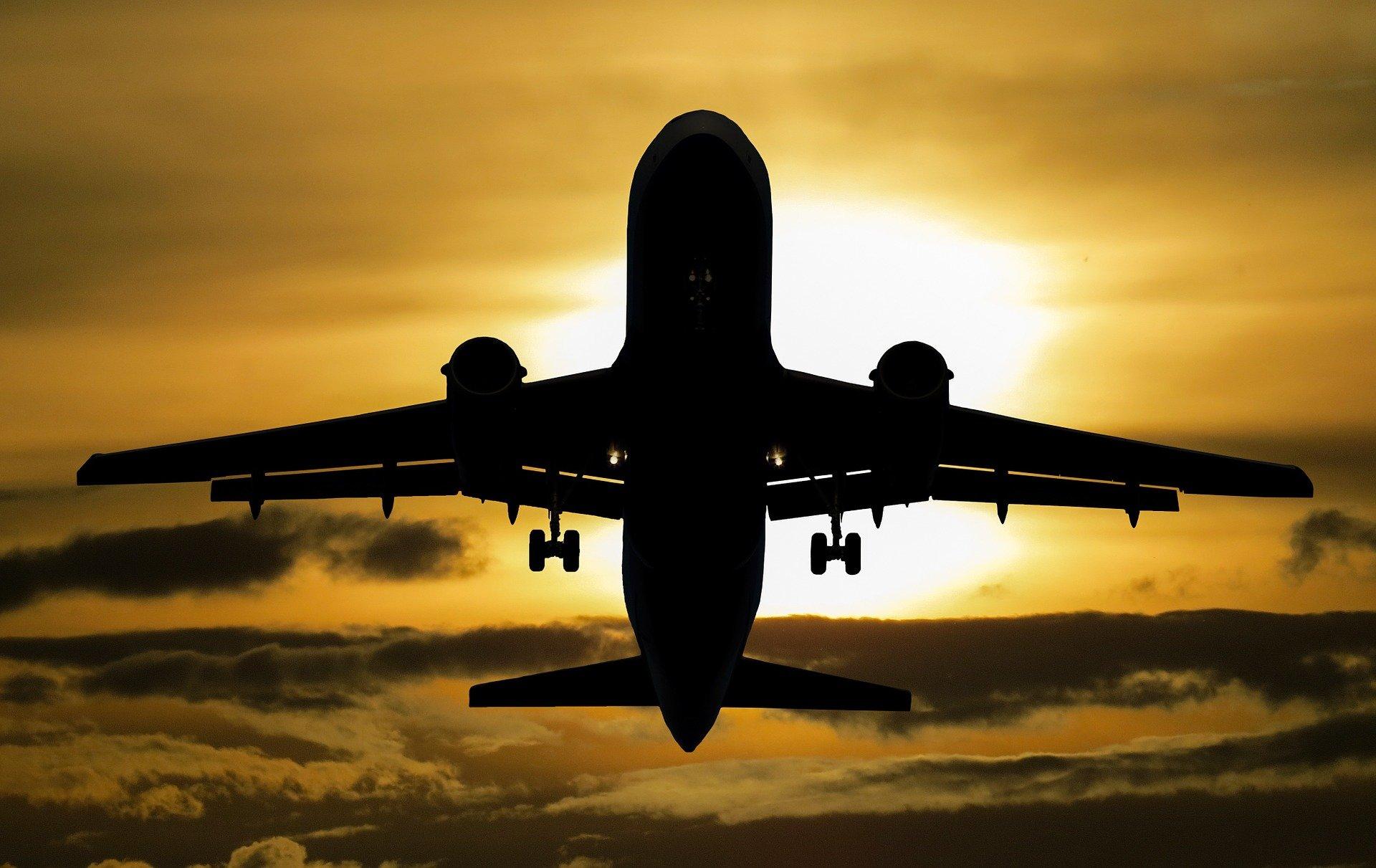 Trasporto aereo, nuovi biocarburanti per azzerare le emissioni