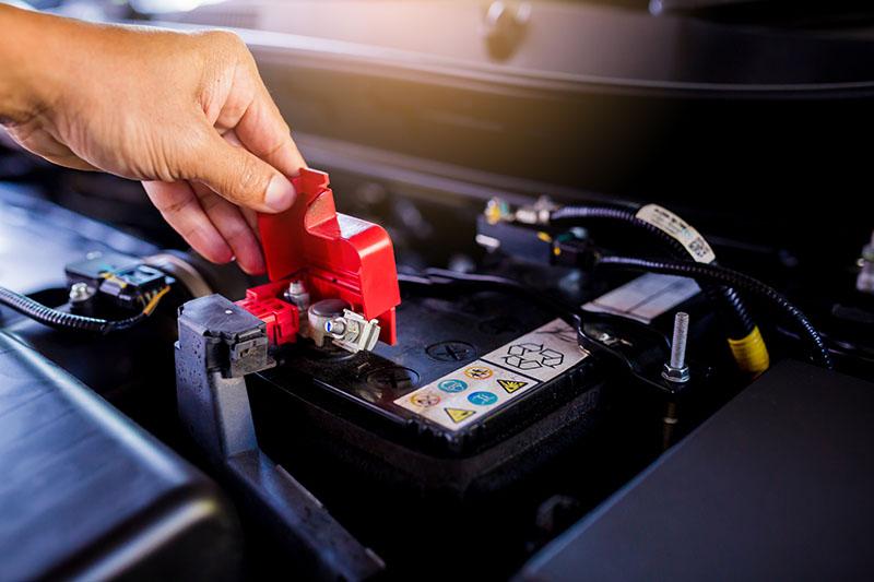 Batterie, l'industria dell'auto chiede all'Ue norme praticabili e più flessibilità