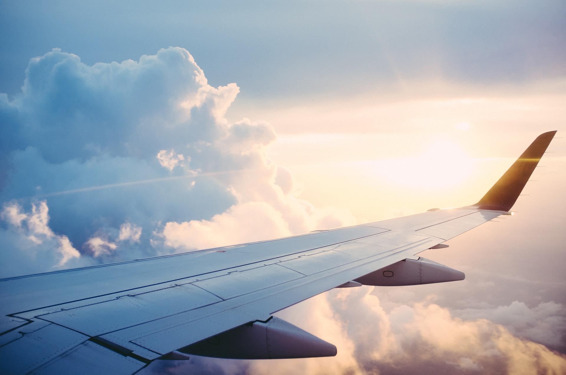 Accordo tra Eni e Aeroporti di Roma per decarbonizzazione e biocarburanti per l'aviazione
